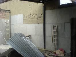 uso de laminas como forro en una pared